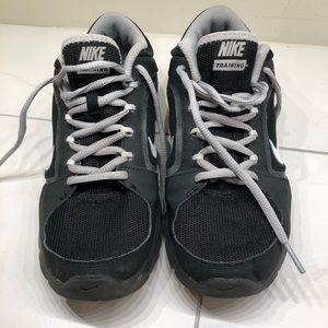 Nike Black With Grey Laces Training Sneakers- 8